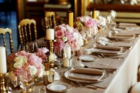Conheça 5 maneiras de montar a mesa para receber os convidados com elegância e beleza